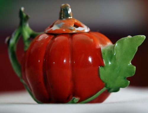 tea-pot pumpkin orange