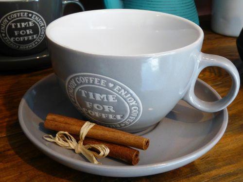 teacup coffee cinnamon