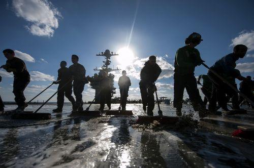teamwork sailors cleaning