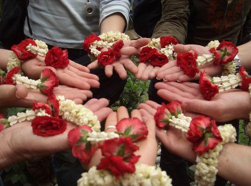 teamwork flower power