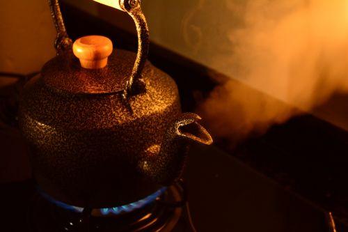 teapot coffee smoke