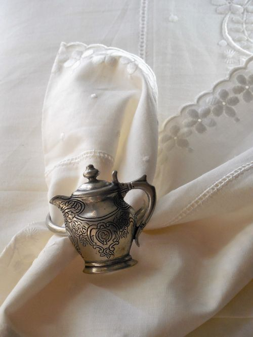 teapot napkin holder culture