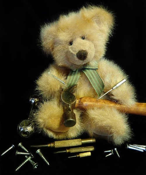 teddy  bear  working