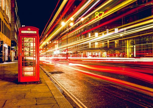 telephone booth red london