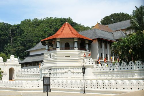 temple kandy travel