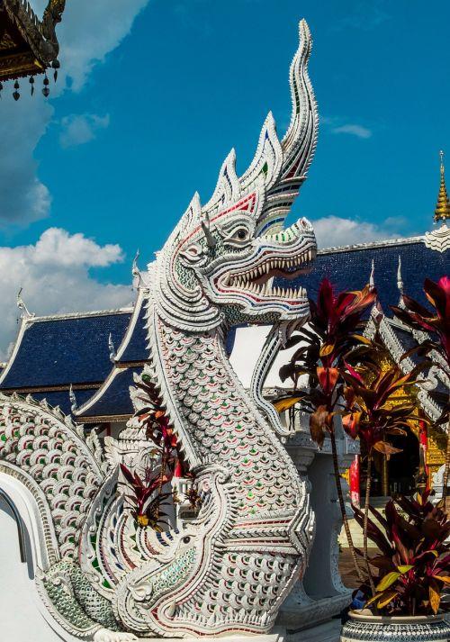temple complex dragons sculpture