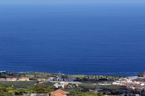 tenerife the atlantic ocean the coast