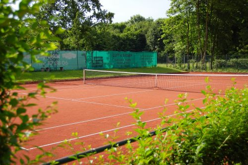 tennis court tennis roter sand