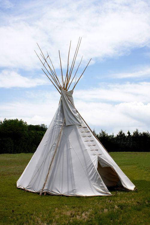 tepee tent wigwam