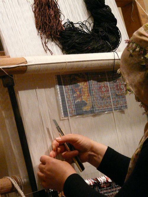 teppichknuepferin,rankų darbas,kilimas,pinti moteris,darbas,amatų,sriegis,stelažai,Turkija,cappadocia