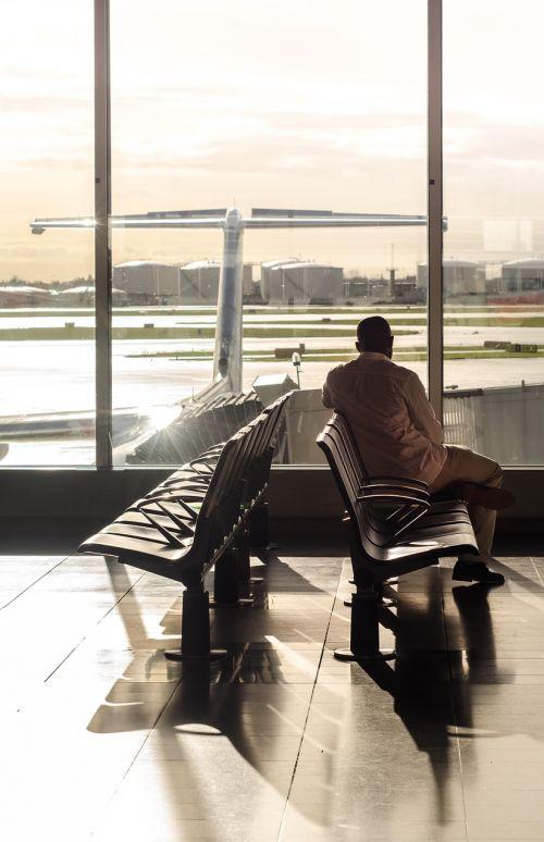 terminal gate waiting