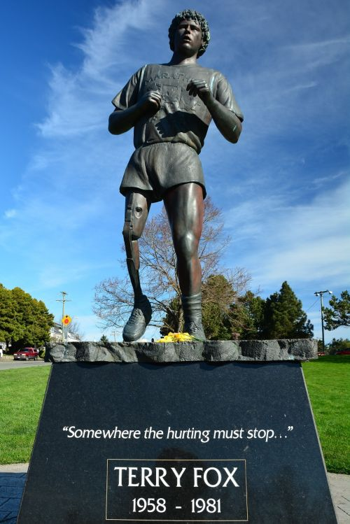 terry fox monument statue landmark