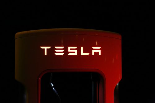 tesla supercharger battery