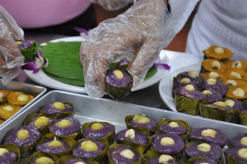 thai desserts kruathong