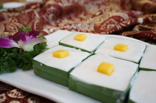 thai desserts thai style sago pudding thailand food