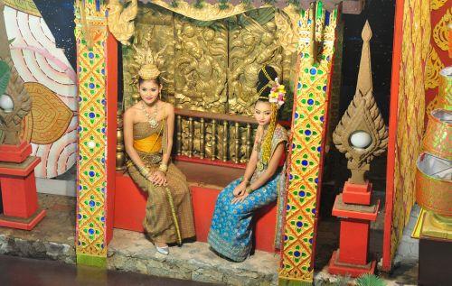 thai girls thai house thai show