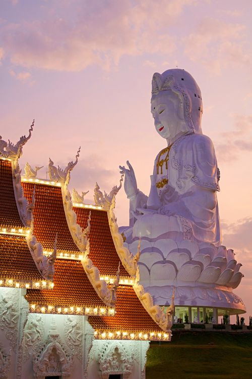 thailand wat huay pla kung chiang rai