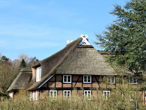 thatched cottage fachwerkhaus architecture
