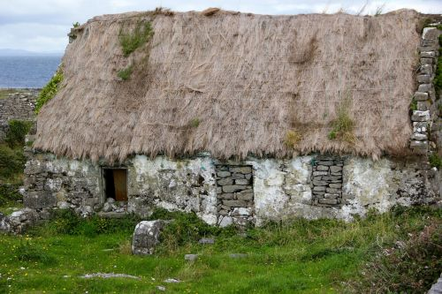 thatched roof ireland irish