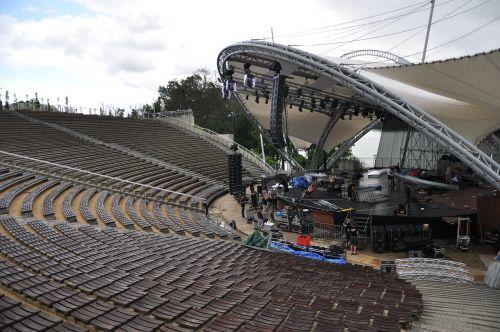 the amphitheater the festival scene
