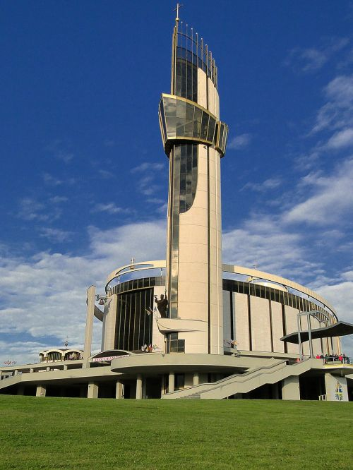 the basilica of the divine mercy architecture malopolska