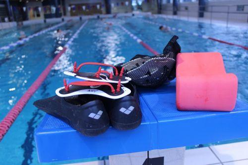 the bathing the flippers lättärit