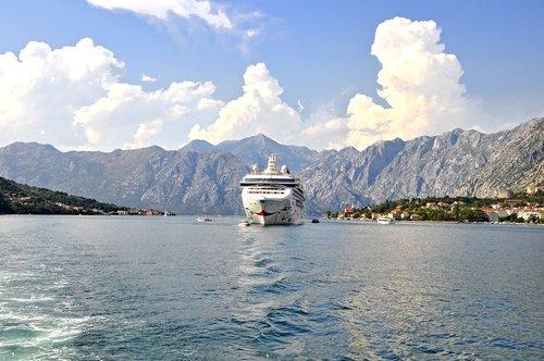 the bay of kotor  to  big ship