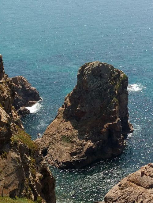 the cliffs lisbon portugal