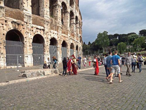 the coliseum people guards