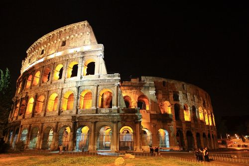 the colosseum italy roman