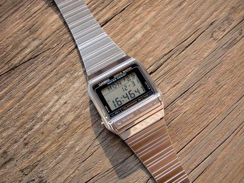 the electronic watch casio watch liquid crystal watch