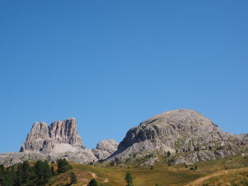 the falzarego pass plateau monte averau