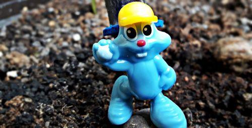 the figurine blue hare
