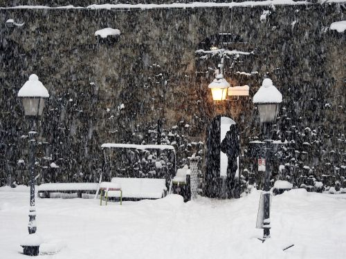 the fort of vinadio snowfall street lights