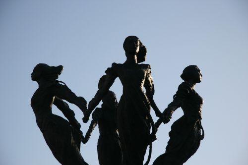 the four winds sculpture san pedro garza garcia