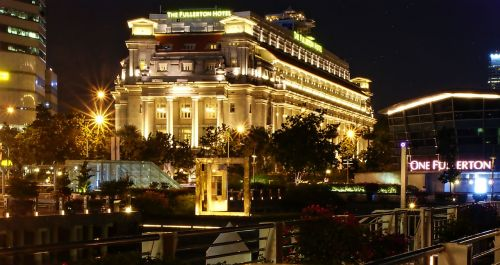 the fullerton hotel singapore oldest hotel