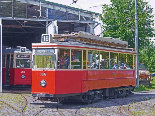 the hamburg tram operation of the museum curve