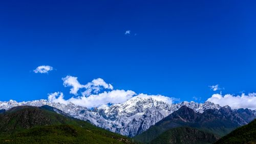 the jade dragon snow mountain in yunnan province snow mountain