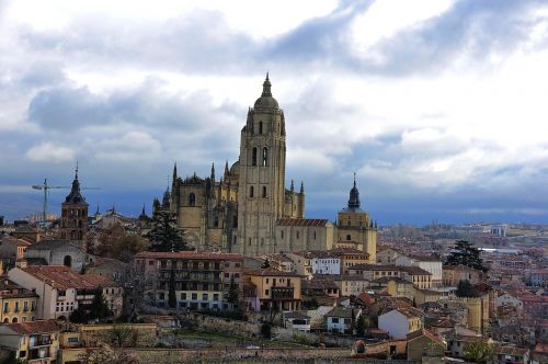 the lady segovia cathedral