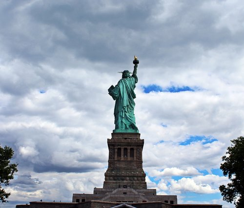 the liberty statue of liberty  new york city  usa