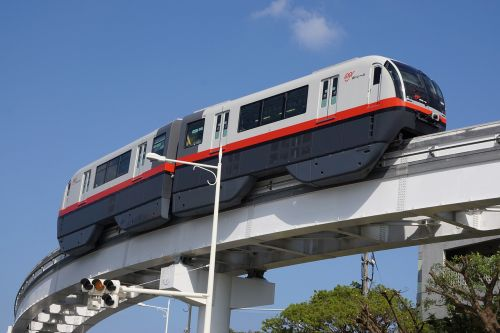 the monorail okinawa blue sky
