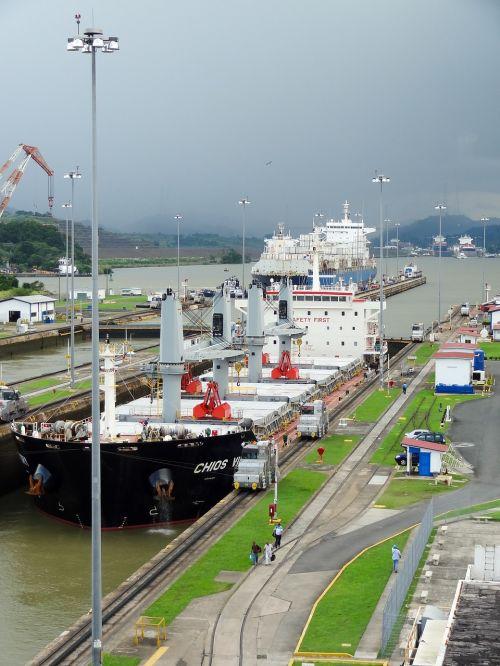 the panama canal ship panama
