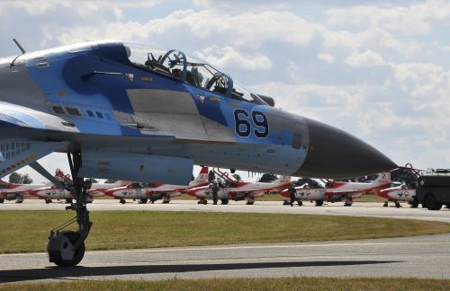 the plane su-27 su27