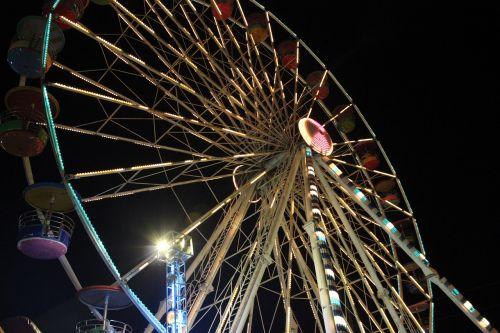 the player amusement park ferris wheel