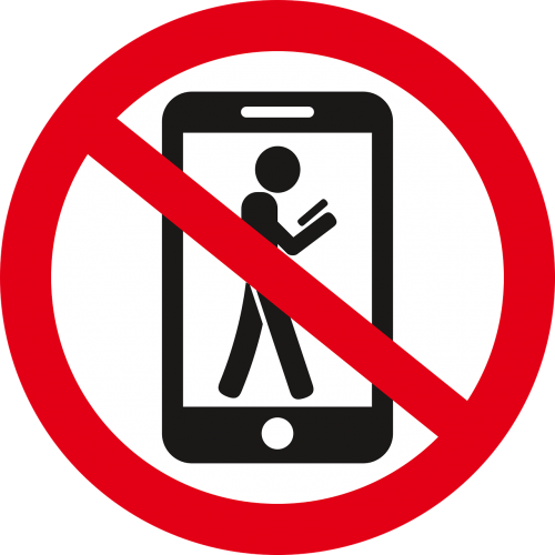 the prohibition of the ban on phone use prohibition to go with the phone