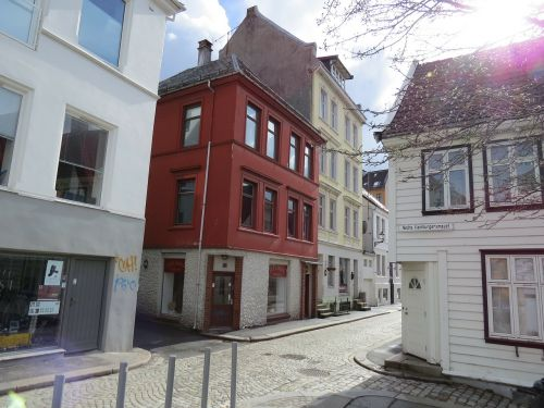 the road from bergen station nordic red house quiet bergen street