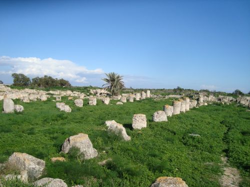 the ruins of the antiquity stones