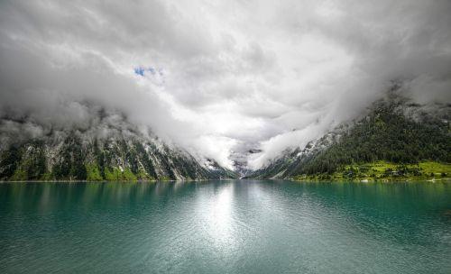 the schlegeis reservoir tyrol zillertal