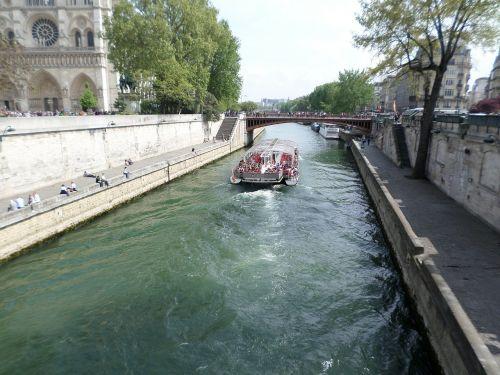 the seine paris france