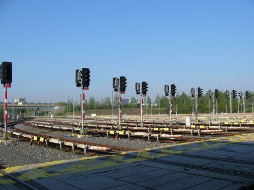 the semaphore metro depo